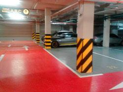 горизонтальна та вертикальна розмітка парковки ЮСТ